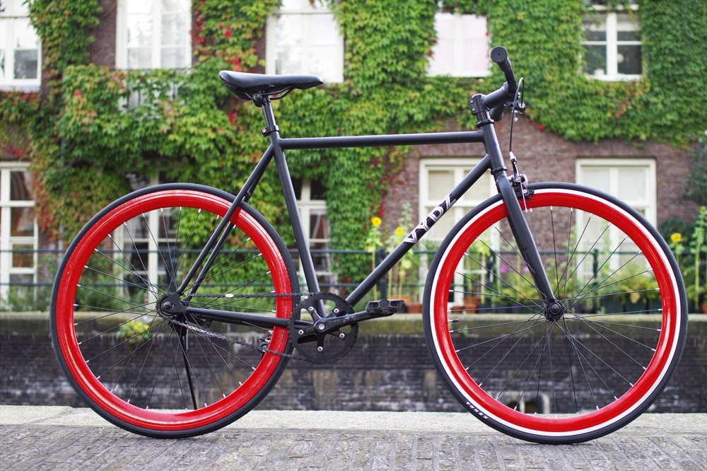 Vydz 'Black Pearl' single speed bike